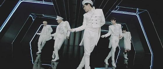 Kpop New Release SHINee – Everybody, 샤이니 – 에브리바디